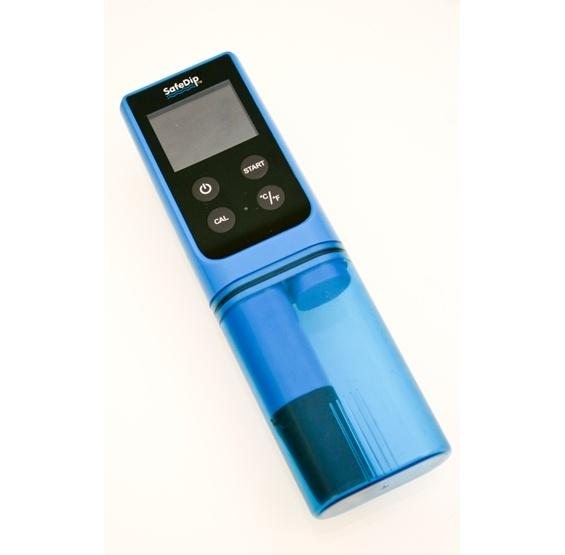 SafeDip 6-in-1 Electronic Water Chemistry Tester