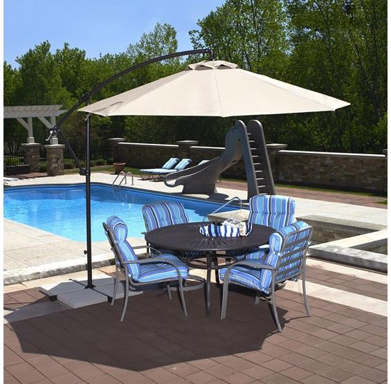 Santiago 10-ft Octagonal Cantilever Umbrella in Olefin